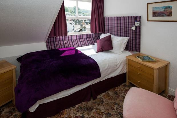 Guest Bedroom 11