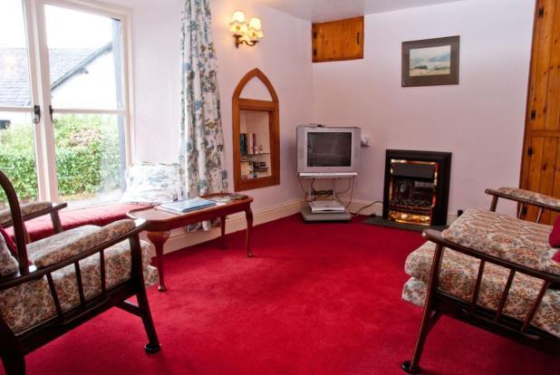 Moles Cottage Sit...