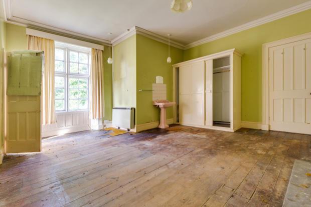 Flat 1 Bedroom 1