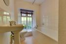 Flat 6 Bathroom