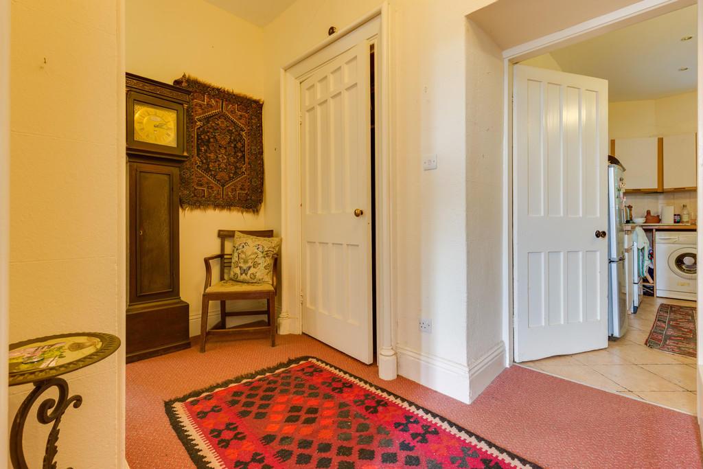 Flat 5 Inner Hall...