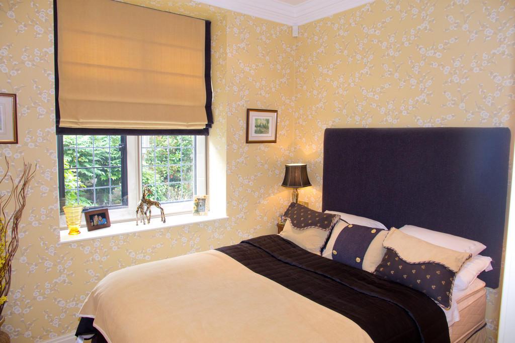 Bedroom Two/Guest...