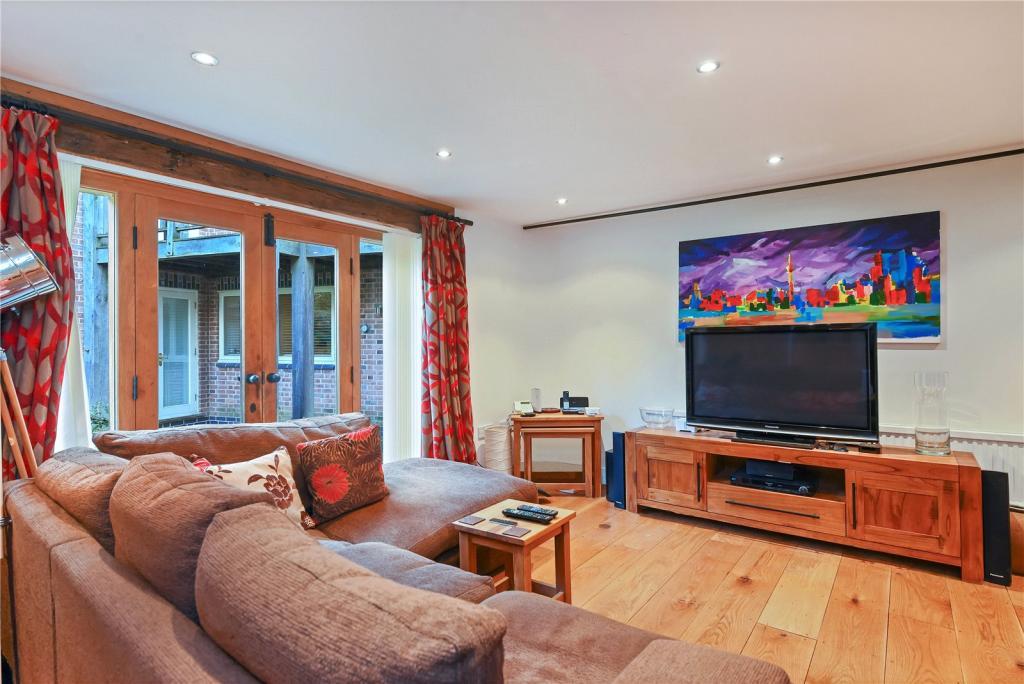 Barn - Living Room
