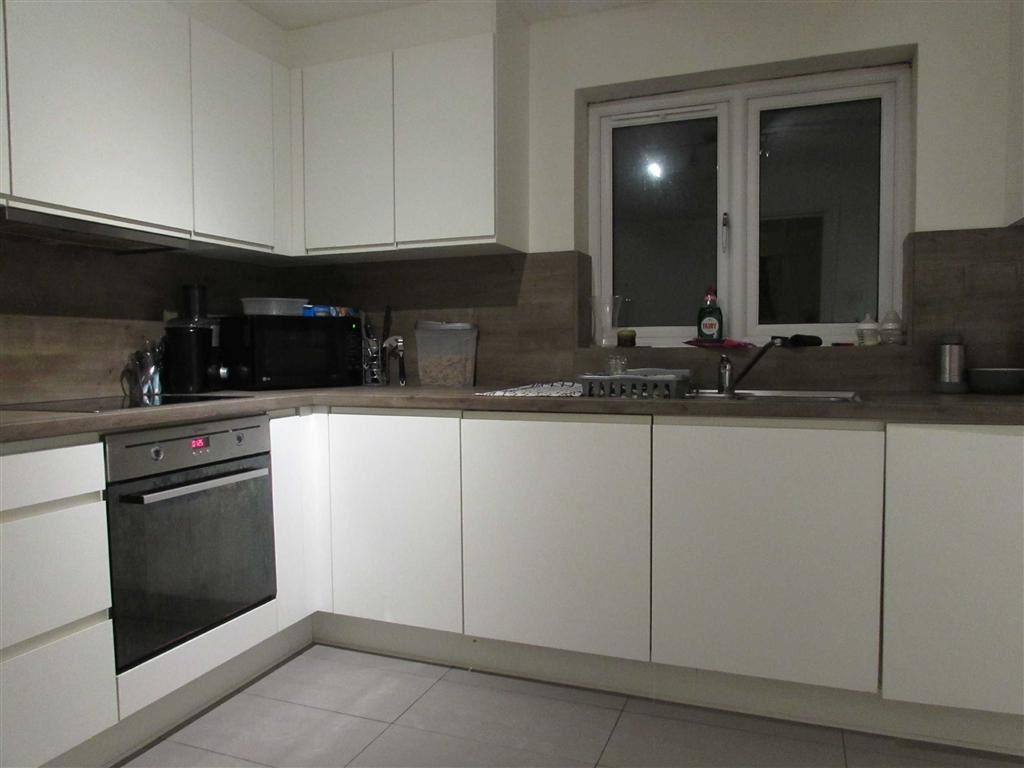 2 Bedroom Flat To Rent In Mulberry Close Luton Lu1