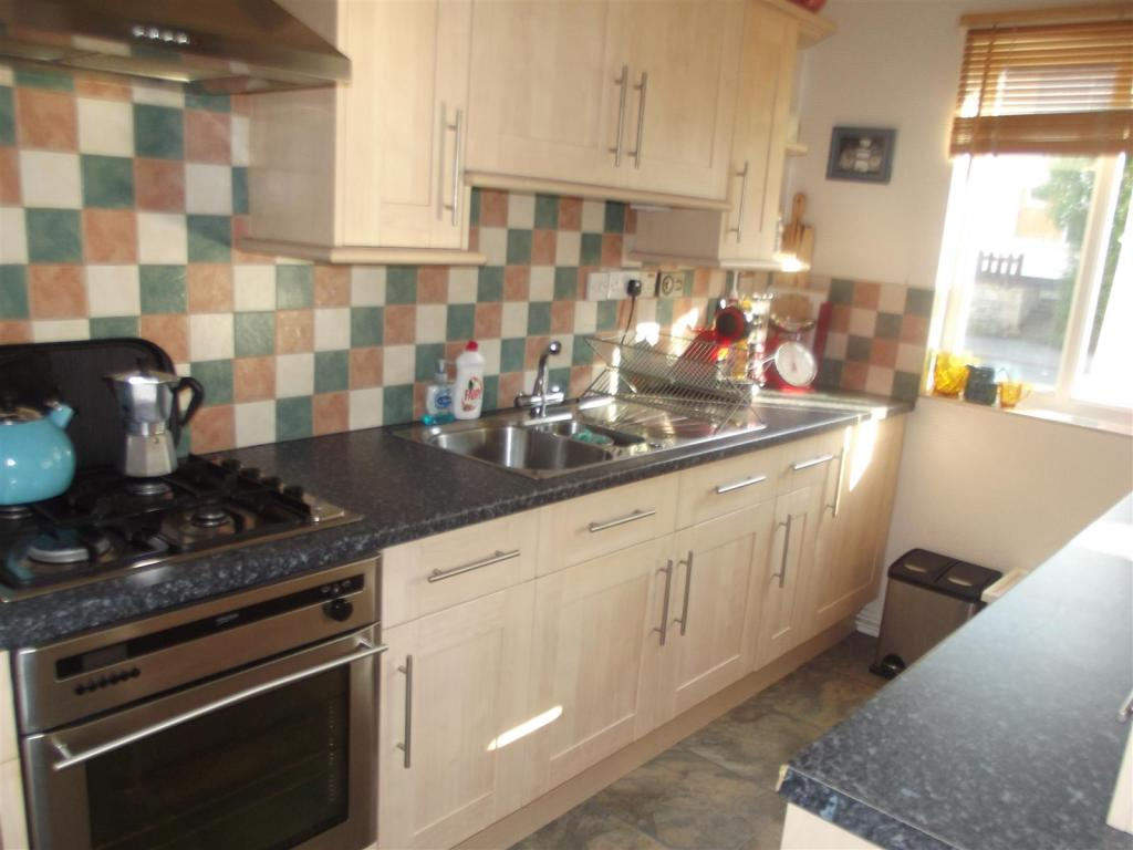 1 bedroom apartment to rent in Queens Avenue Gedling NG4