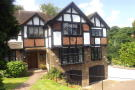 Detached house in Chislehurst