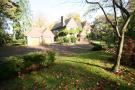 6 bed Detached home in Webb Estate/West Purley
