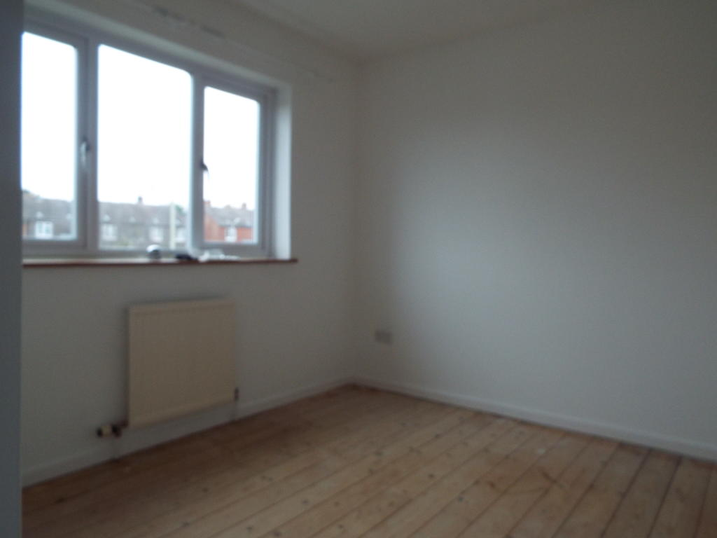 Bedroom 2 (Carpet to be fitted)
