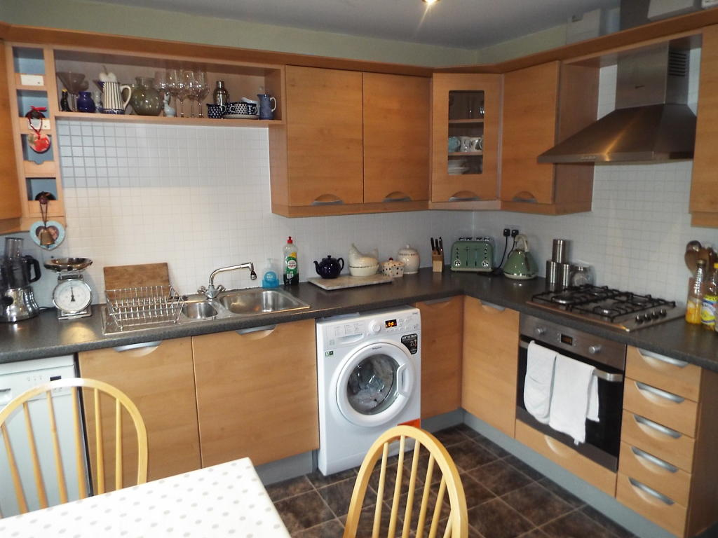 Kitchen picture two