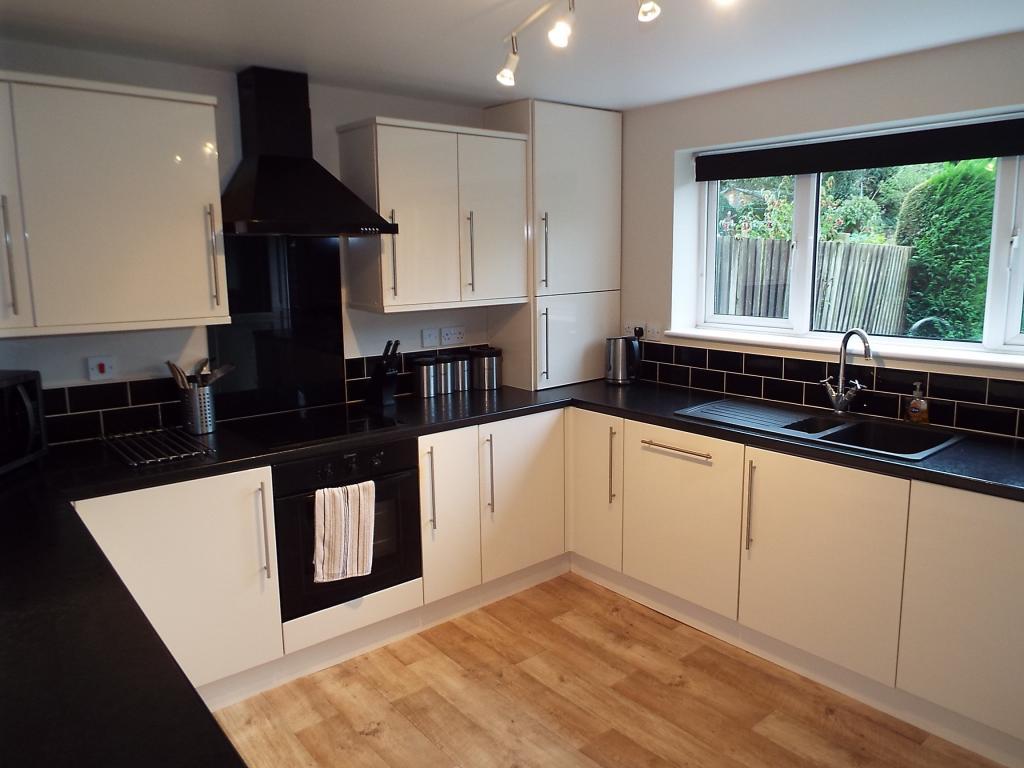 Kitchen picture 2
