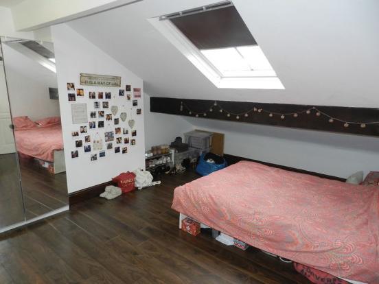 Flat 4 Bedroom.