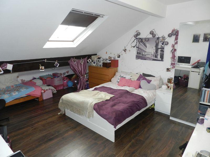 Flat 4 Bedroom
