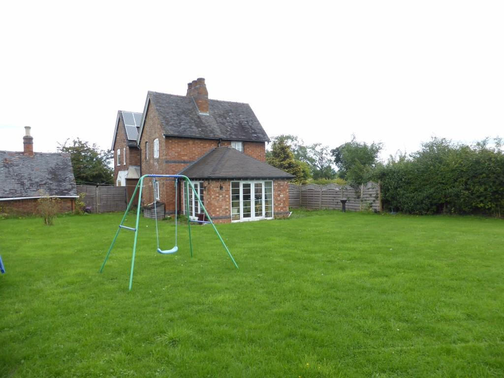 Property For Sale In The Lenches Worcestershire