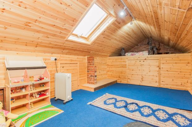 Storage room/Play ro