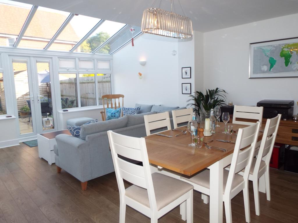 Conservatory and din