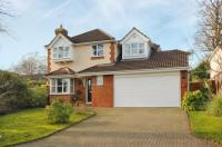 5 bed Detached house for sale in Bagshot, Surrey