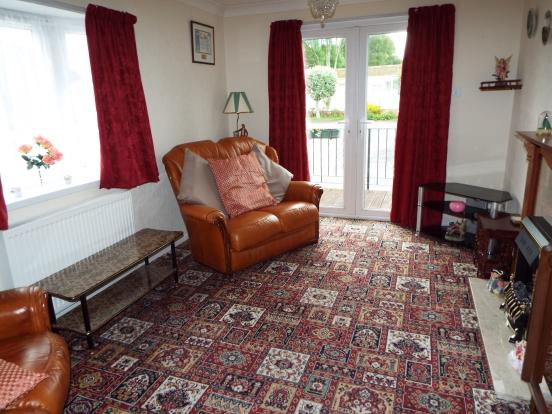 2 Bedroom Mobile Home For Sale In Oakymead Park Newton