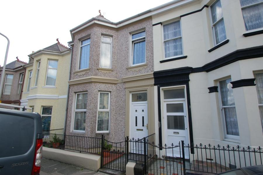 3 bedroom terraced house for sale in cotehele avenue 3 bedroom houses for sale in plymouth