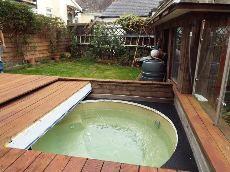 Hot Tub / Garden