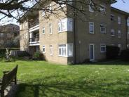 1 bedroom Flat in Forsyth Gardens...