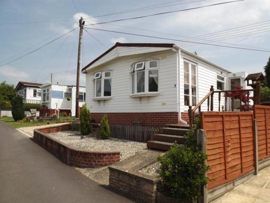 2 bedroom mobile home for sale in westfield road