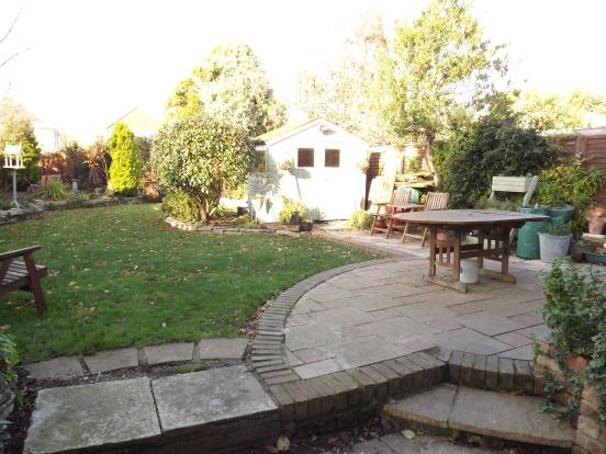 Patio, shed and gard
