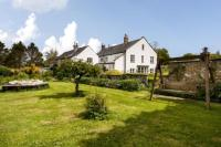 6 bed Detached property in Hawkchurch, Axminster...
