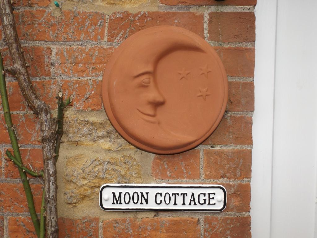 Moon Cottage