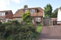 Detached Bungalow to rent in College Road, Hoddesdon...