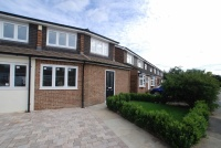 2 bed End of Terrace house in Lampits, Hoddesdon...