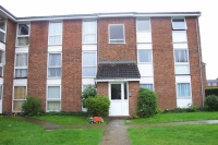 Flat to rent in Clyfton Close...
