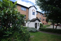 1 bedroom Flat in Parrotts Field...