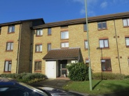 Flat to rent in King Arthur Court...