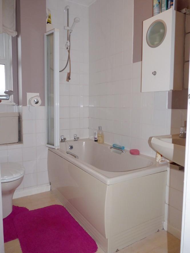 1 bedroom apartment for sale in Pennywort Grove, Harrogate, HG3, HG3