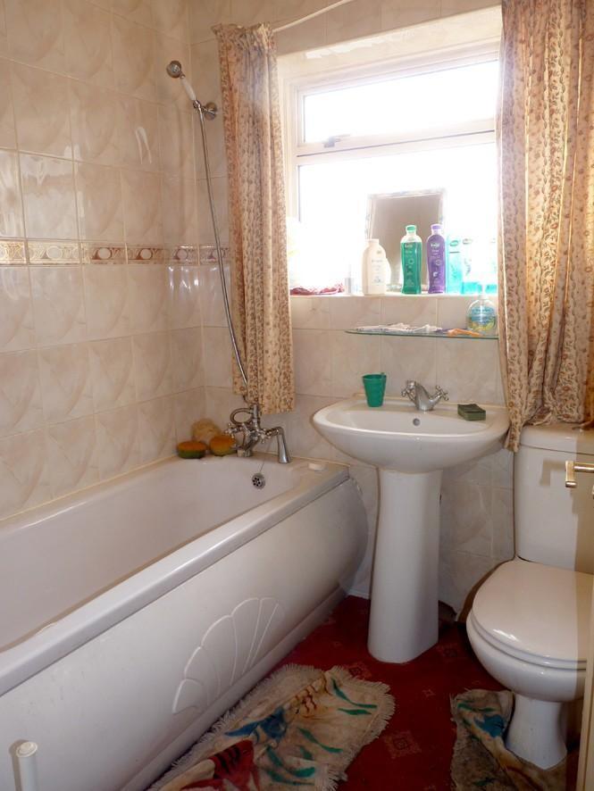 2 bedroom semi-detached bungalow for sale in Duncan Street ...