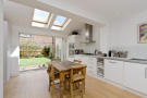 4 bed property to rent in Tabor Grove, SW19