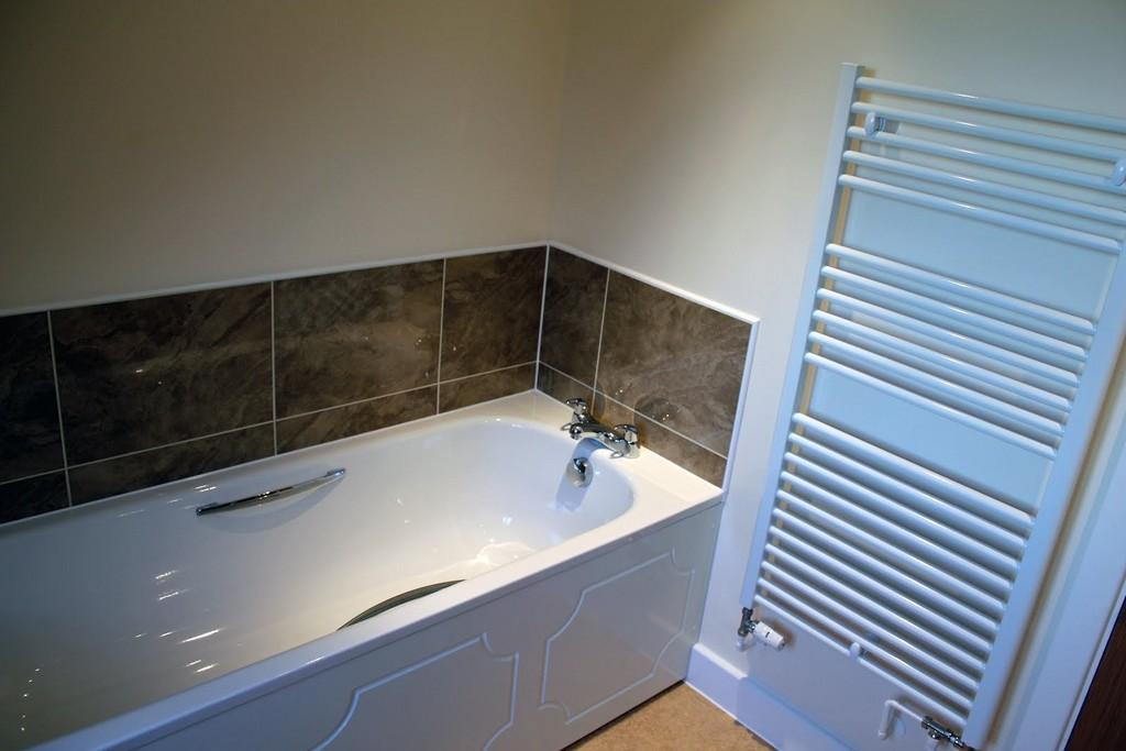 Example Alpine Homes bathroom
