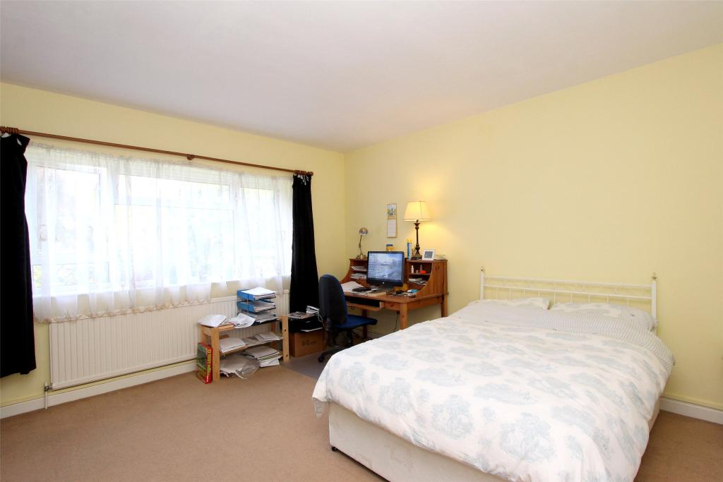Bedroom 1 - Double