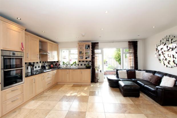 Kitchen/Family Room2