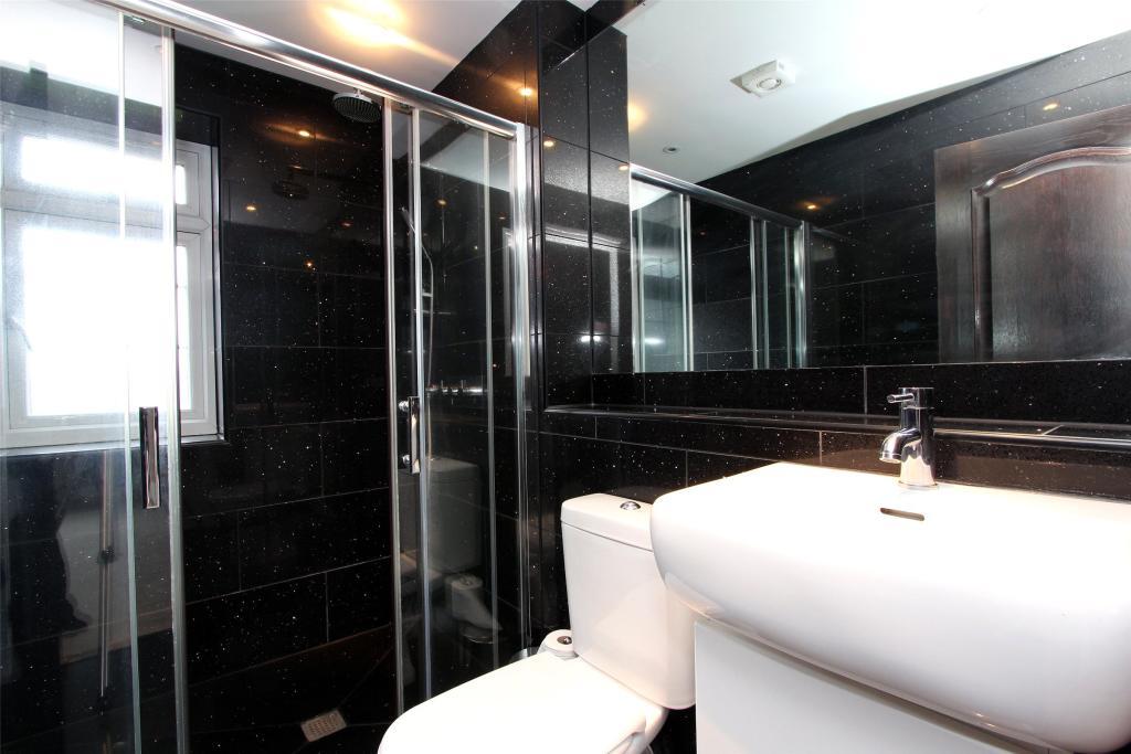 En Suite Shower/Wc