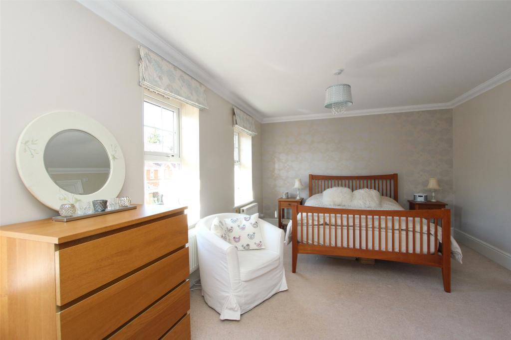 1st Flr Main Bedroom