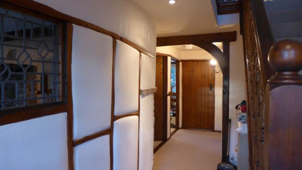 Chapel Cottages 3 Hall 003