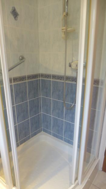 Littlemore Shower 025