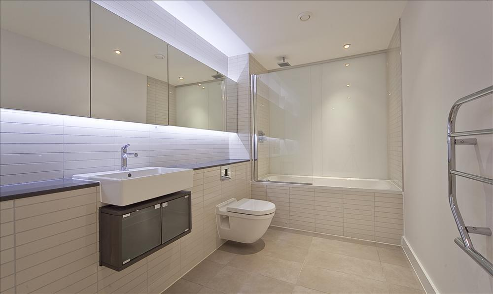 Rectangular tiles bathroom design ideas photos for Rectangular bathroom layout