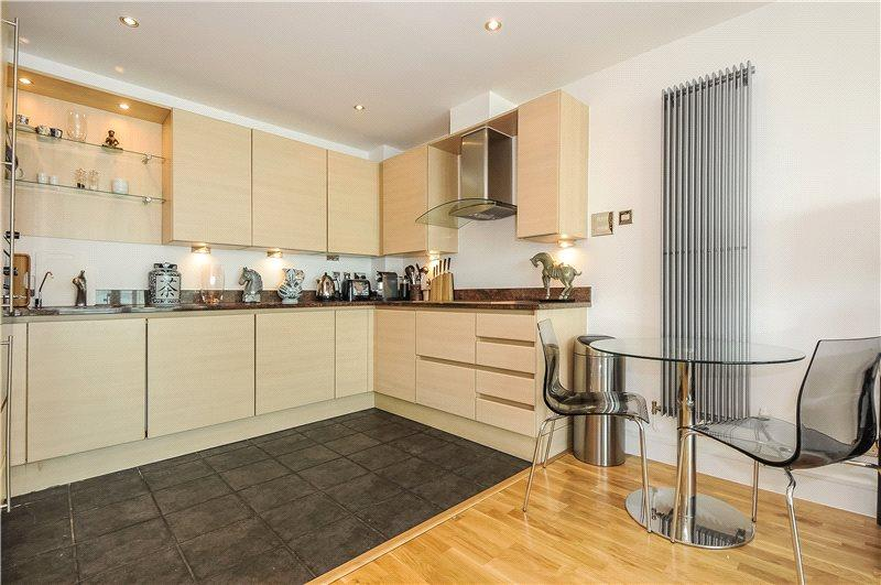 2 Bedroom Flat To Rent In Cinnabar Wharf East 28 Wapping High Street London E1w E1w