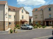 Flat in SOUNDWELL, Church Court...