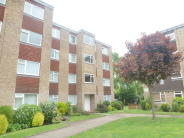 Flat for sale in Stourton Avenue, Feltham