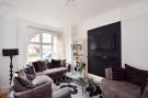 2 bedroom Flat in Barcombe Avenue...