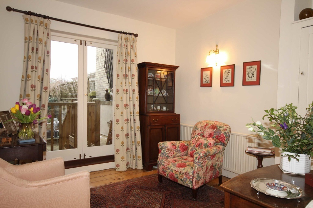 3 bedroom terraced house for sale in clarendon street cambridge cb1 for 3 bedroom house for sale in cambridge