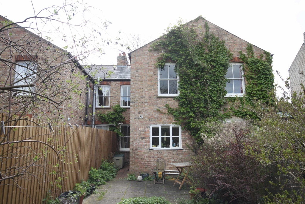 3 Bedroom Terraced House For Sale In Grantchester Meadows Newnham Cambridge Cb3